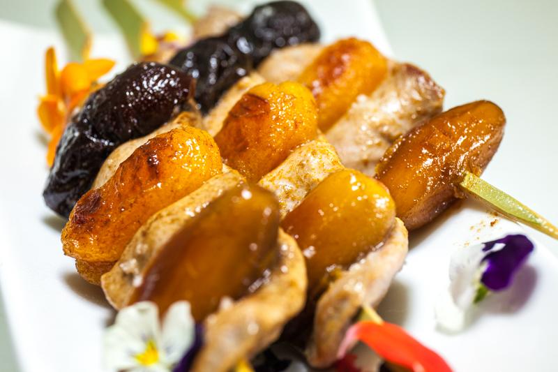 Brochette d aiguillette de canard datte abricot et pruneau l on dupont le canard des gourmets - Cuisiner les aiguillettes de canard ...